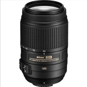 🆕AF-S DX NIKKOR 55-300mm f/4.5-5.6G ED VR